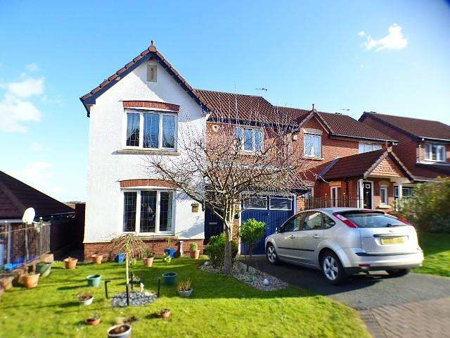 3 Bedrooms Detached House for rent in Pochard Rise, Norton, Runcorn