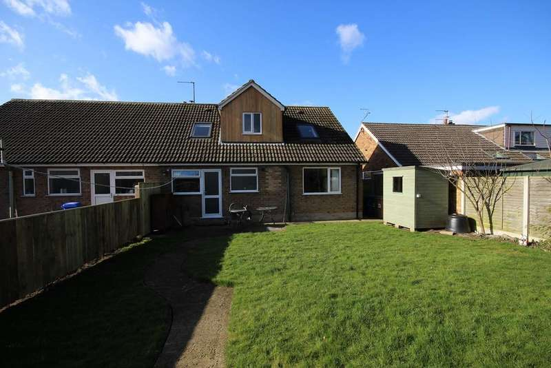 4 Bedrooms Semi Detached Bungalow for sale in Church Drive, Leven, Beverley, HU17