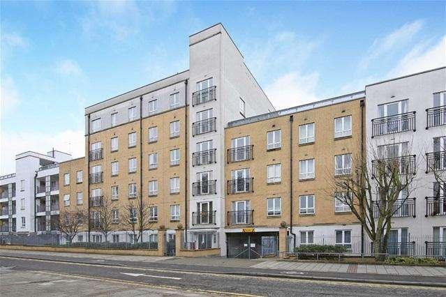 1 Bedroom Flat for sale in Granite Apartments, Stratford