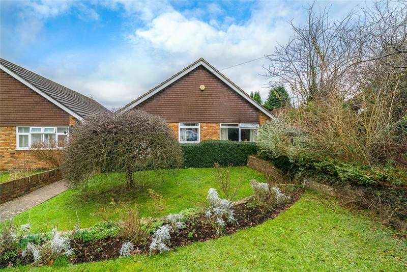 3 Bedrooms Detached Bungalow for sale in Green Street, Chorleywood, Herts WD3