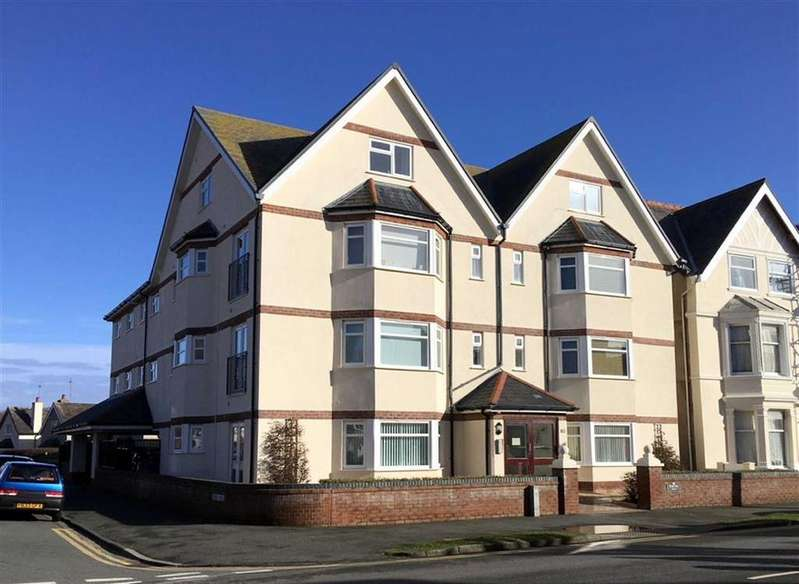 2 Bedrooms Apartment Flat for sale in Great Ormes Road, West Shore, Llandudno, Conwy