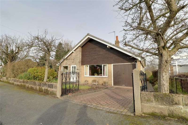 3 Bedrooms Detached Bungalow for sale in Marton Close, Congleton