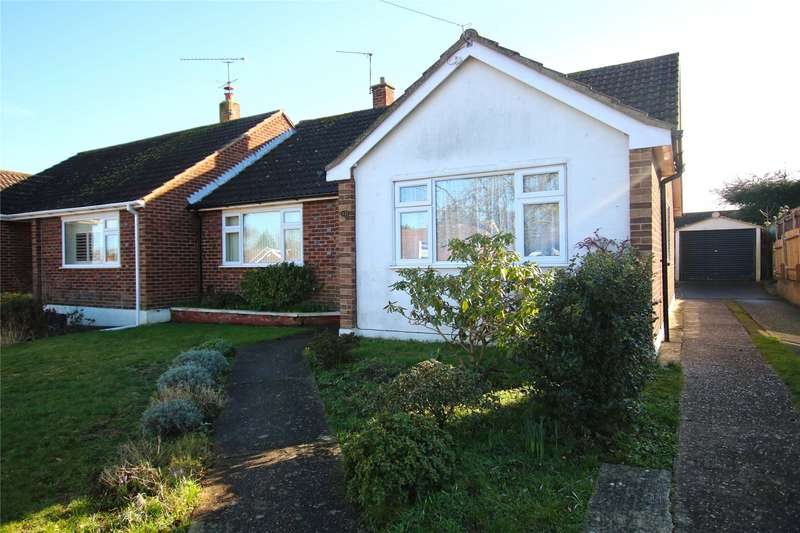 3 Bedrooms Semi Detached Bungalow for sale in Romans Way, Pyrford, Surrey, GU22