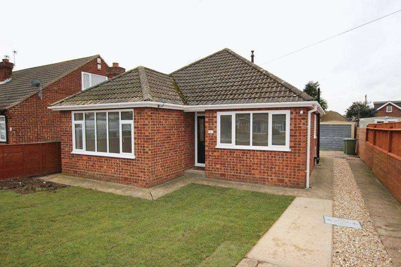 3 Bedrooms Detached Bungalow for sale in LAVENHAM ROAD, SCARTHO