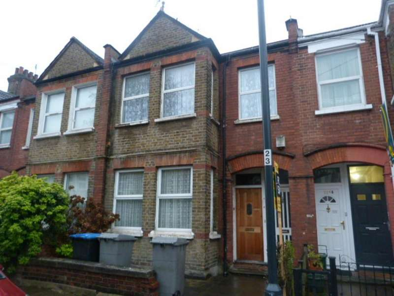 3 Bedrooms Apartment Flat for sale in Chapter Road, Willesden