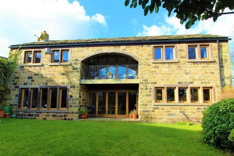 4 Bedrooms Detached House for sale in Low Fold, Lower Cumberworth, Huddersfield, HD8 8PN