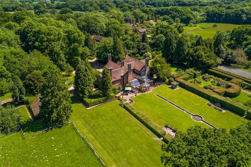 6 Bedrooms House for sale in Cuckfield Road, Ansty, Haywards Heath, West Sussex