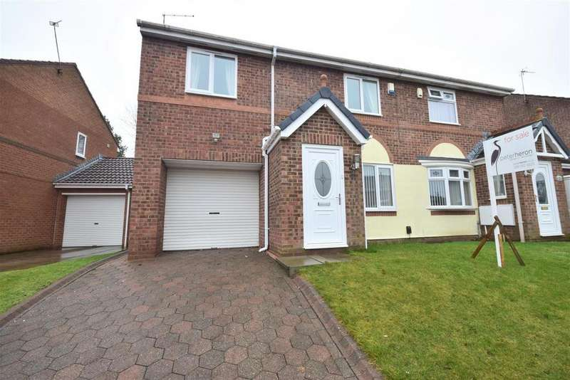 3 Bedrooms Semi Detached House for sale in Aylesbury Drive, The Downs, Sunderland