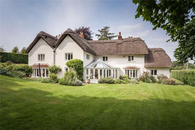 5 Bedrooms Detached House for sale in Longstock, Stockbridge, Hampshire