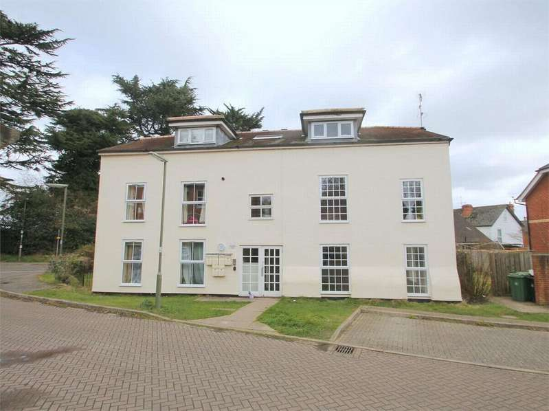 2 Bedrooms Flat for rent in Mill Close, Bagshot, Surrey