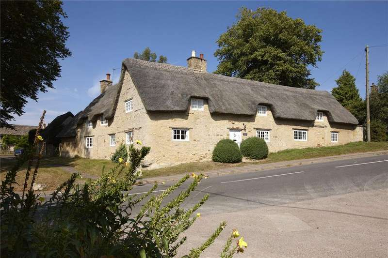 4 Bedrooms Detached House for sale in Church Enstone, Chipping Norton, Oxfordshire