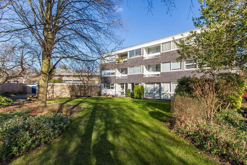 2 Bedrooms Flat for sale in Newton Road, Cambridge