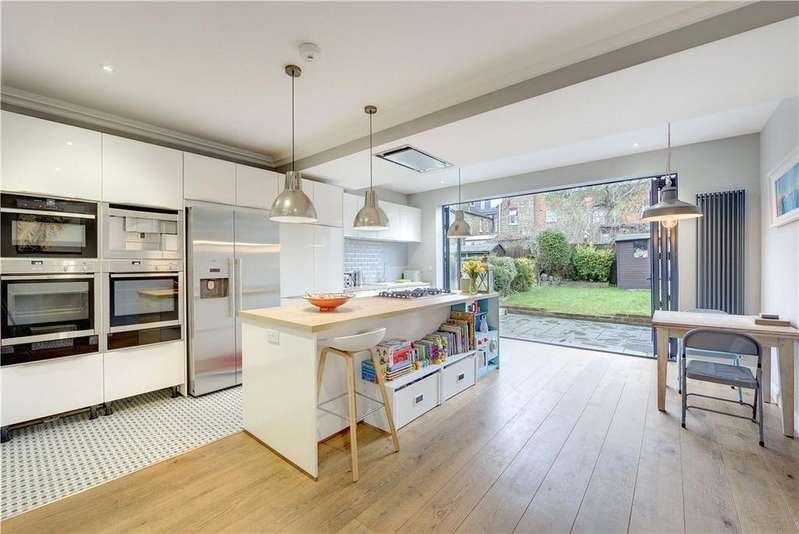 4 Bedrooms Terraced House for sale in Hazeldean Road, Harlesden, London, NW10