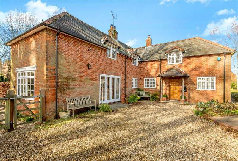 4 Bedrooms Detached House for sale in West Park Lane, Damerham, Fordingbridge, Hampshire