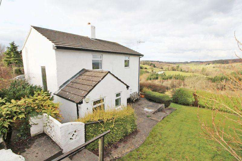 3 Bedrooms Detached House for sale in Nant Road, Wrexham