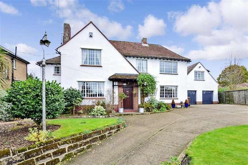 5 Bedrooms Detached House for sale in Bells Lane, Hoo, Rochester, Kent