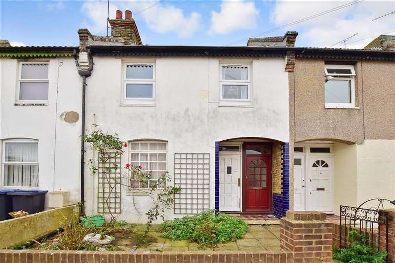 2 Bedrooms Ground Flat for sale in Granville Drive, Herne Bay, Kent