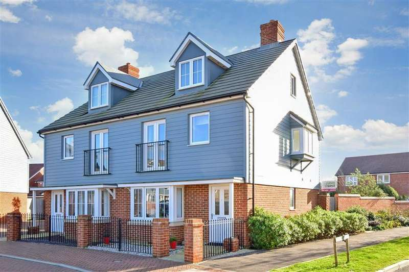 3 Bedrooms Semi Detached House for sale in Coleridge Crescent, Littlehampton, West Sussex