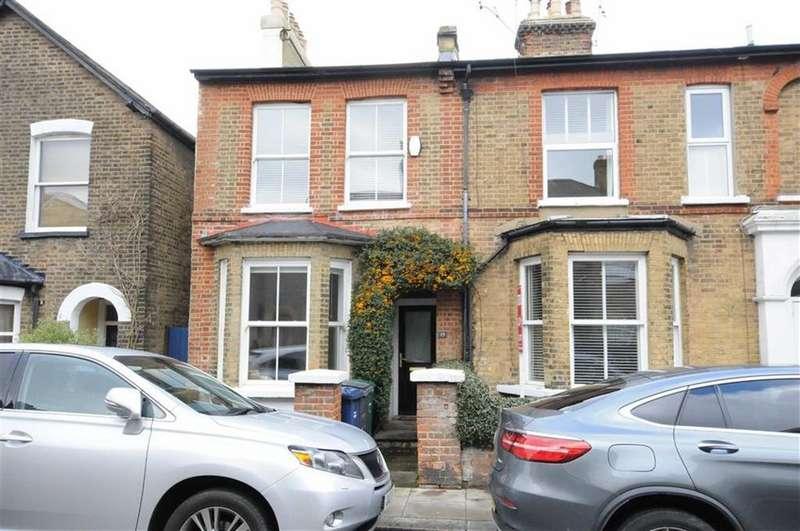 4 Bedrooms Semi Detached House for sale in Alston Road, Barnet, Herts, EN5