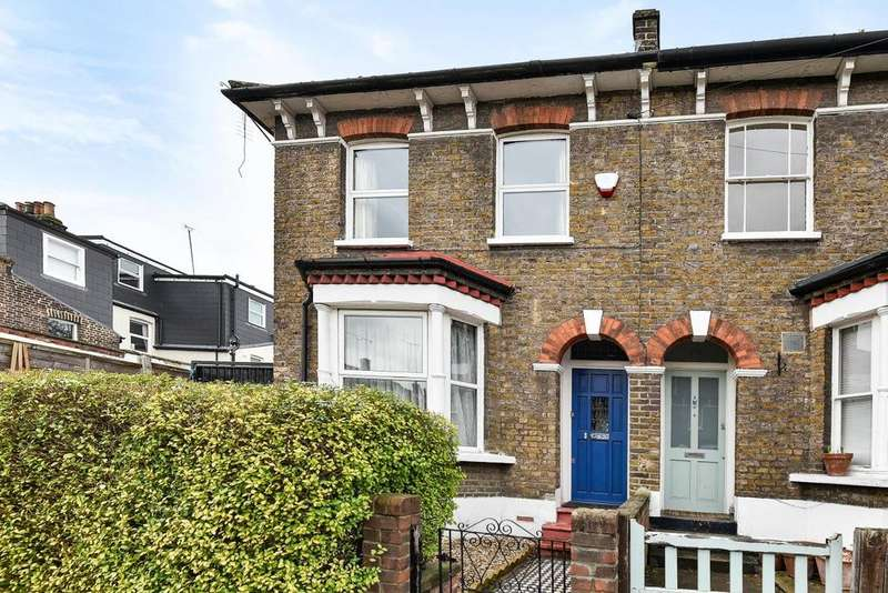 3 Bedrooms Terraced House for sale in Algernon Road, Lewisham