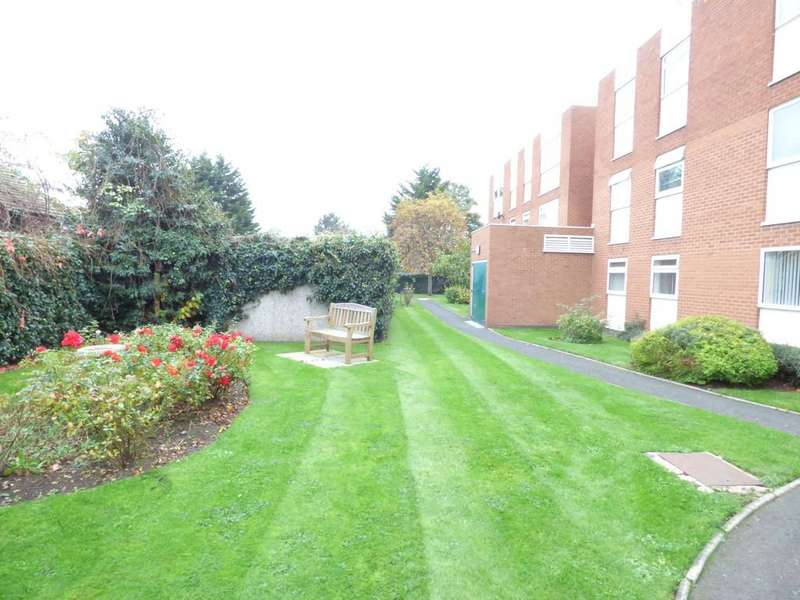 Studio Flat for sale in Clopton Road, Stratford-Upon-Avon