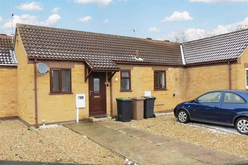 2 Bedrooms Bungalow for sale in Summerfield Drive, Sleaford