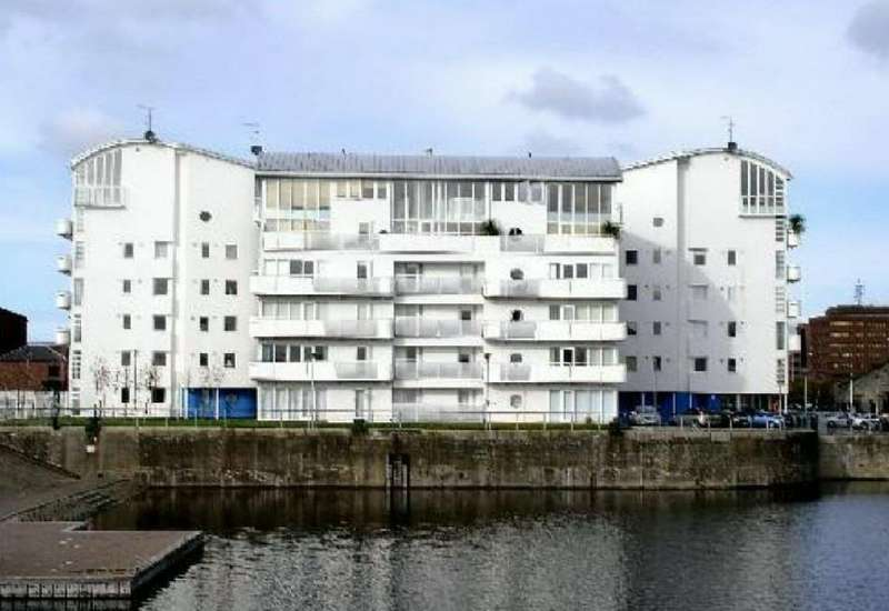 2 Bedrooms Apartment Flat for sale in Royal Quay, Liverpool, Merseyside, L3