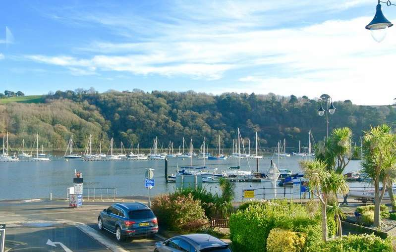3 Bedrooms Town House for sale in Aloft, Coombe Road, Dartmouth, Devon, TQ6 9PQ