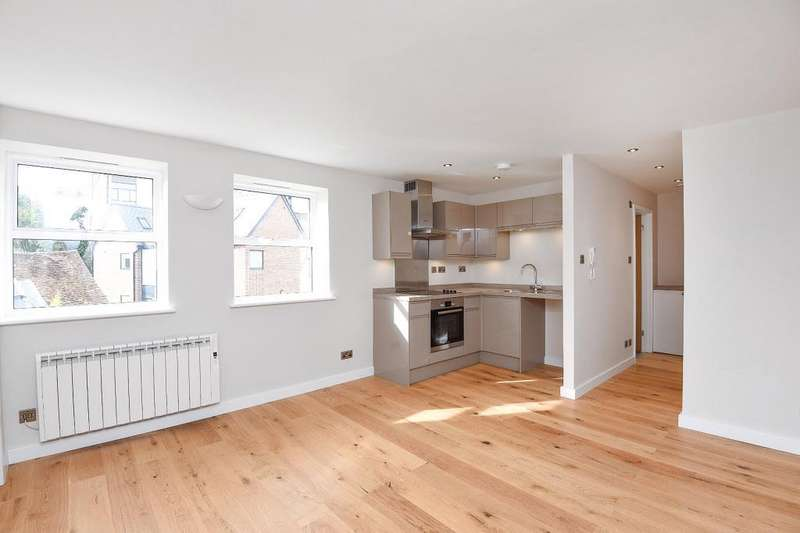 1 Bedroom Flat for sale in Abingdon, Oxfordshire OX14, OX14