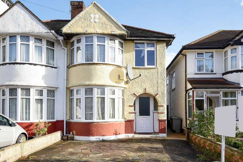 3 Bedrooms House for sale in Sandhurst Road, Kingsbury, NW9