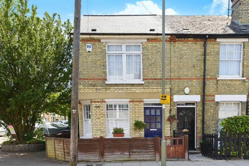 2 Bedrooms Flat for sale in Alston Road, High Barnet, EN5