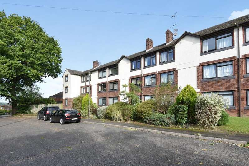 2 Bedrooms Apartment Flat for rent in Highmoor, Amersham, HP7