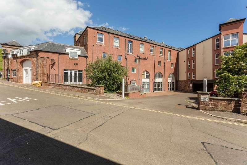 2 Bedrooms Maisonette Flat for sale in Marine Court, Arbroath, Angus, DD11 1BF