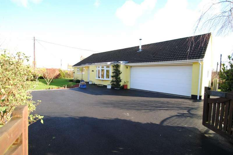 3 Bedrooms Detached Bungalow for sale in Rye Park, Beaford