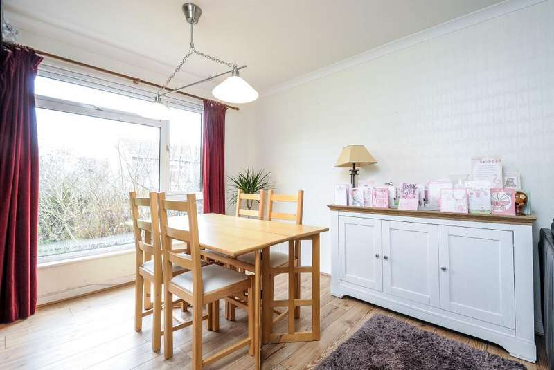 2 Bedrooms Maisonette Flat for sale in Westfield, Harwell, OX11