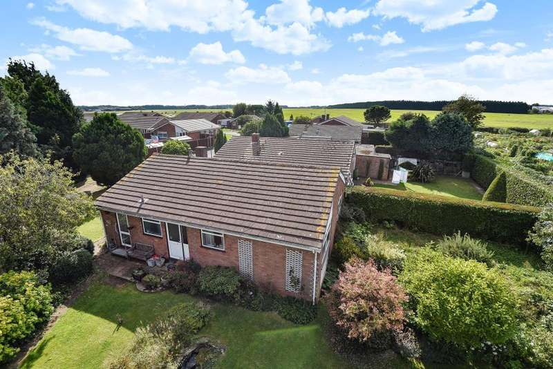 3 Bedrooms Detached Bungalow for sale in Willant Close, Maidenhead, SL6