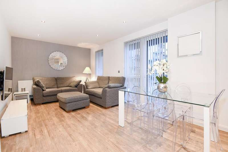 2 Bedrooms Flat for sale in Hallington Court, Brannigan Way, Edgware, HA8