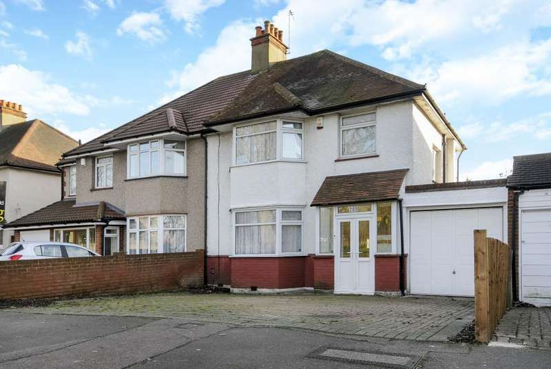 4 Bedrooms House for sale in Edgware, HA8, HA8