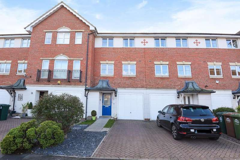 3 Bedrooms House for sale in Lower Sunbury, TW16, TW16