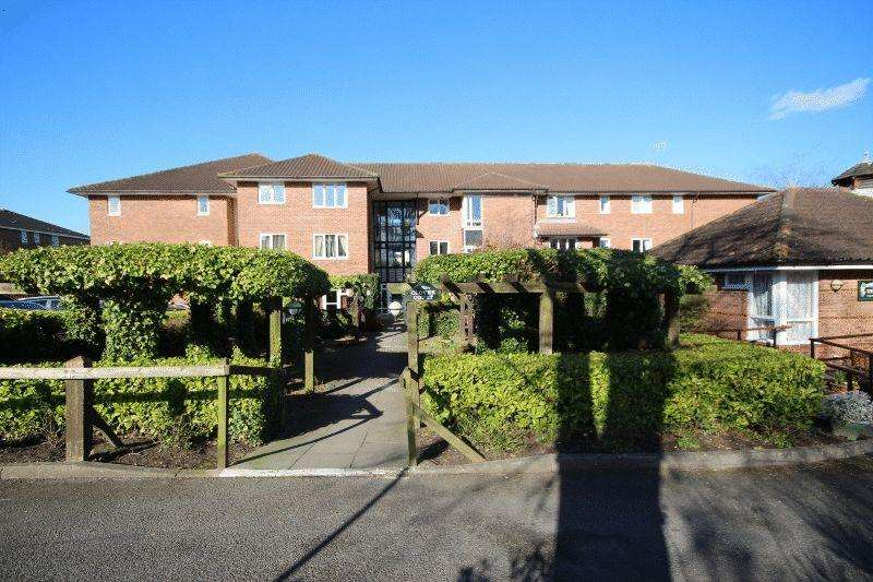 2 Bedrooms Retirement Property for sale in Church Road, Haywards Heath