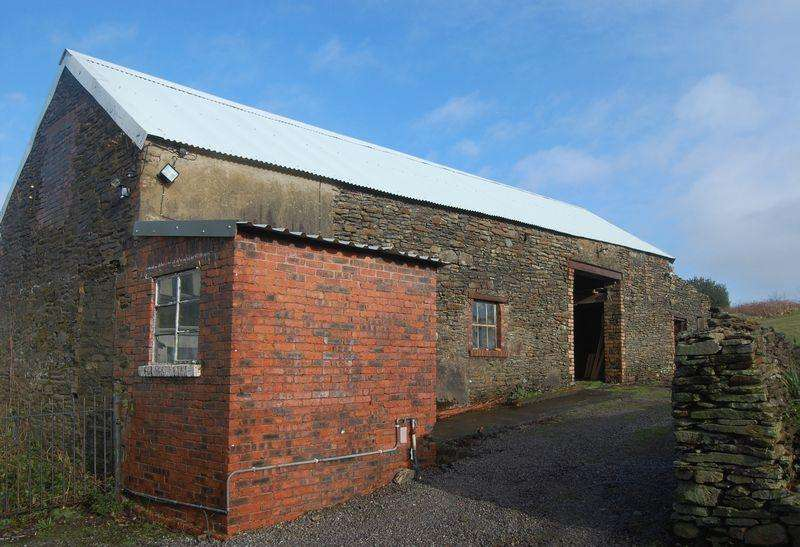 Barn Character Property for rent in The Stone Barn, Brynglas Farm, Swansea SA8 4TR