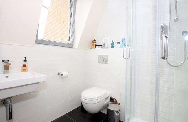 4 Bedrooms House for rent in Sarum Terrace, Bow Common Lane