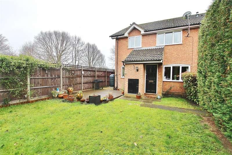 2 Bedrooms End Of Terrace House for sale in Hollyhock Drive, Bisley, Woking, Surrey, GU24