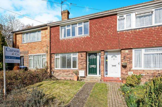 3 Bedrooms Terraced House for sale in St. Johns, Woking, Surrey