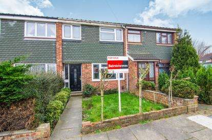 3 Bedrooms Terraced House for sale in Grays, Essex, .