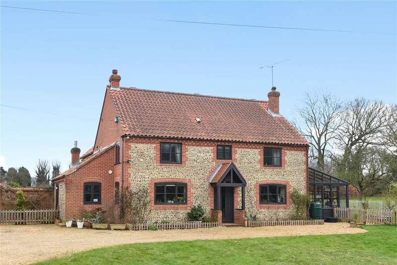6 Bedrooms Detached House for sale in Ridlington, North Walsham, Norfolk