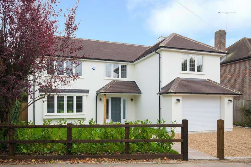 5 Bedrooms Detached House for rent in Orchehill Avenue, Gerrards Cross, Buckinghamshire