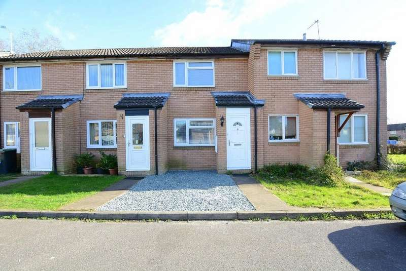2 Bedrooms Terraced House for sale in Mendip Close, Verwood