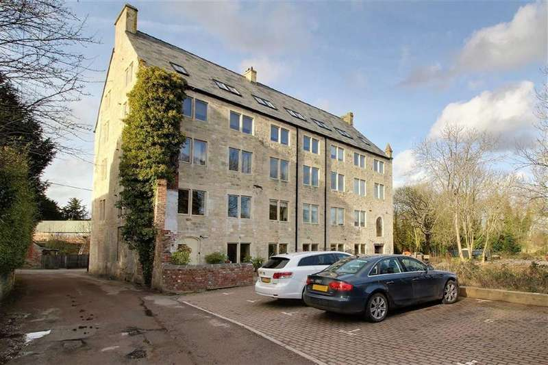 2 Bedrooms Apartment Flat for sale in Millend Lane, Eastington, Gloucestershire
