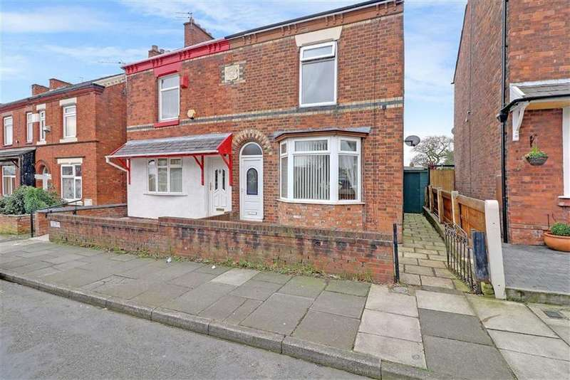 2 Bedrooms Semi Detached House for sale in St Georges Road, Winsford, Cheshire